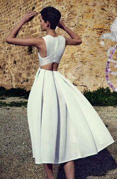 Neoprene dress with flared skirt and geometrical design for the top Neoprene Gown, Neoprene Fashion, Fashion Week, High Fashion, Womens Fashion, Source D'inspiration, Vetement Fashion, Short Dresses, Summer Dresses