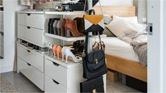Recommended 10 Open Closet Ideas for you HomeMakeover Tropical Backyard, Backyard Landscaping, Backyard Ideas, Pool Backyard, Garden Ideas, Garden Design Plans, Backyard Water Feature, Small Laundry Rooms, Backyard Lighting
