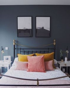 Blush, Mustard and Navy Blue bedroom with gorgeous cushions and love the two pic. - Home Decoration Blue And Pink Bedroom, Light Pink Bedrooms, Navy Blue Bedrooms, Blue Bedroom Decor, Bedroom Colors, Pink Room, Navy Blue Bedding, Colourful Bedroom, Yellow Rooms