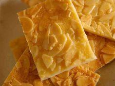 卵白2個ですぐできるアーモンドクッキーの画像