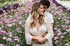 Photography Women, Wedding Photography, Love Photos, Couple Photos, Flower Farm, Engagement Pictures, Couple Goals, Selfies, Marie