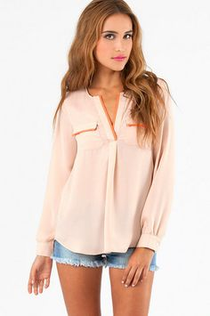 Constant Contrast Trim Blouse $46 http://www.tobi.com/product/51748-tobi-constant-contrast-trim-blouse?color_id=70055_medium=email_source=new_campaign=2013-08-26