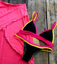 Nenhuma descrição de foto disponível. Bikini Set, Bikini Bottoms, Thong Bikini, Cute Bikinis, Beach Babe, Summer Trends, Swimsuits, Swimwear, Summer Wear