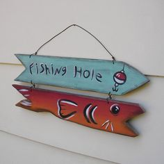 Folk Art Fish, Fish Art, Painted Driftwood, Fishing Hole, Flag Painting, Wooden Fish, Lake Art, Wood Carving Art, Pisces