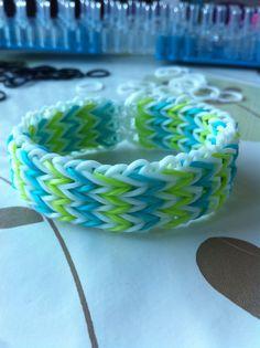 Bracelet triple fishtail très facile Fishtail Bracelet, Friendship Bracelets, Jewelry, Real Simple, Jewlery, Jewerly, Schmuck, Jewels, Jewelery