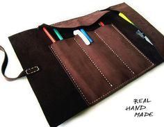 Cuero marrón de rollo caja de lápiz herramienta por MyLeatherCase