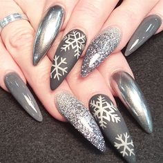 chrome snowflakes winter nail designs winter nail art winter nails nail art designs - Pinterest Christmas Nails