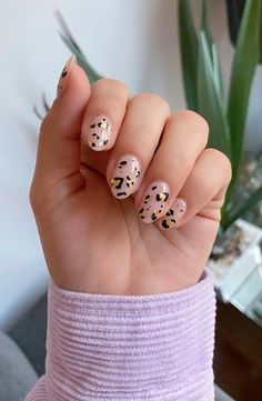 Almond Acrylic Nails, Cute Acrylic Nails, May Nails, Hair And Nails, Pretty Nails, Cute Nails, Leopard Print Nails, Cheetah Nail Designs, Cherry Nails