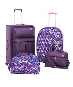Sestini apresenta novidades em malas e mochilas.
