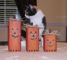 Pumpkins pumpkin set wood pumpkin by HamiltonArtandDesign on Etsy, $25.00