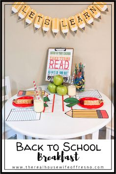 The Real Housewife of Fresno: How to Throw the Best Back to School Breakfast Back To School Breakfast, Back To School Party, Back To School Crafts, School Parties, First Day Of School Pictures, 1st Day Of School, School Fun, School Ideas, Preschool Curriculum