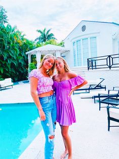 Cute Preppy Outfits, Summer Outfits, Preppy Clothes, Best Friend Poses, Cute Friend Pictures, Bff Pics, Cute Friends, Summer Photos, Strapless Dress