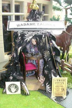 Madame Zalinka Fortune Teller