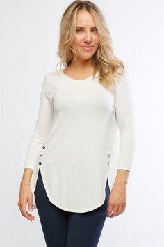 Tulip hem women's top with side button detail. Available in ivory, grey, and olive. Blouse Patterns, Blouse Designs, Office Outfits For Ladies, Easy Clothing, Suits For Women, Clothes For Women, Short Tops, African Wear, China Fashion