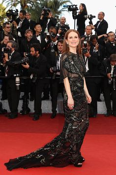 Julianne Moore in Givenchy - Cannes 2016