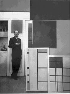 Piet Mondrian's work and studio space was as neat and orderly as he was. Mondrian simplified the elements in his work down to the bare minimum. His studio space/apartment in Paris was tiny and held only the essentials he needed for food sleep and work. Piet Mondrian, Dutch Artists, Famous Artists, Carolina Herrera, Dutch Painters, Portraits, Kandinsky, Art Studios, Artist At Work