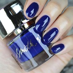 Smith & Cult Kings & Thieves is a glossy dark blue that will steal your heart and give your nails the royal treatment!