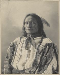 Son of Iron Shell, this is Goes To War - Brule / Sioux (Lakota) Native American Pictures, Native American Tribes, Native American History, American Indians, American Art, American Clothing, American Quotes, American Symbols, American Women