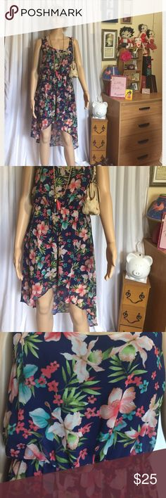 Forever 21 size M adorable dress 🎀 Super cute high/low dress in size M by Forever 21 🎀 Please ask any questions always happy to answer and Happy Poshing 😊💖🎀 Forever 21 Dresses High Low