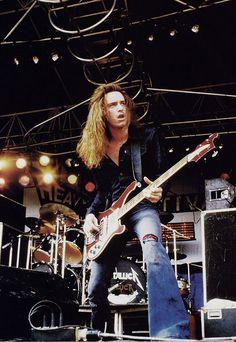 Cliff Burton of Metallica onstage at Heavy Sound Festival in Poperinge, Belgium in 1984. Headliner Motorhead's bomber is seen overhead!