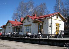 Lahti, Finland Karirannan Kahvila Scandinavian Countries, Old Buildings, Cafe Restaurant, Beautiful Buildings, Little Houses, Old Houses, Cottages, Belgium, Netherlands