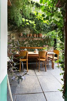 regardsetmaisons: Comment aménager son jardin pour l'été ?