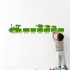 Luo uusi tyyli lastenhuoneeseen vain muutamassa minuutissa tällä Ferm Livingin suloisella Tiny Train -sisustustarralla. www.scandinaviandesigncenter.fi