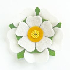 Yorkshire Rose Felt Flower Brooch Pin by madebylolly on Etsy