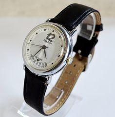 Men's Watch Vintage Collectibles 1980s USSR RAKETA #Raketa #Casual #men'swatch #watch #gifthim #forhim #hipster