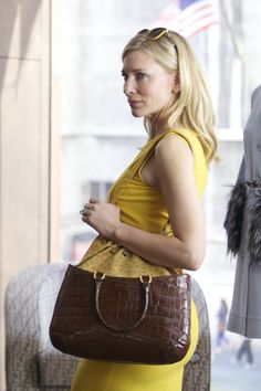 Cate Blanchett in Blue Jasmine girl is a hot mess but dresses well!!