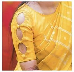 Kurta Designs, New Saree Blouse Designs, Cutwork Blouse Designs, Kids Blouse Designs, Simple Blouse Designs, Stylish Blouse Design, Stylish Dress Designs, Sari Blouse, Kurti Back Neck Designs