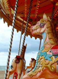 lovely antique carousel Wind In My Hair, Carnival Rides, Carousels, Carousel Horses, My Ride, Roller Coaster, Special Events, Nostalgia, Park