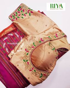 signatur Guttapusulu(bunch of pearls) style of intricate work Hand Work Blouse Design, Simple Blouse Designs, Stylish Blouse Design, Fancy Blouse Designs, Dress Neck Designs, Aari Work Blouse, Sumo, Wedding Saree Blouse Designs, Maggam Work Designs