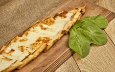 Peinirli with feta and yellow cheeses - iCookGreek Calzone, Greek Recipes, Tacos, Lunch, Bread, Cheese, Dishes, Baking, Breakfast