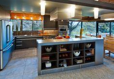 Monogram Dream Kitchen Design contest winner Brian Johnson talks about his grand prize winning design in a mid-1960's contemporary cedar home.