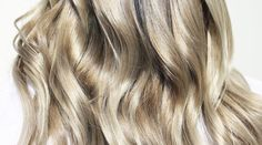 Hair 101: How to Mix Two Hair Colours Together — My Hairdresser Online Silver Blonde, Beige Blonde, Shades Of Blonde, Hair Color Shades, Hair Colours, Light Blonde Highlights, Light Blonde Hair, Cool Blonde, Mixing Hair Color