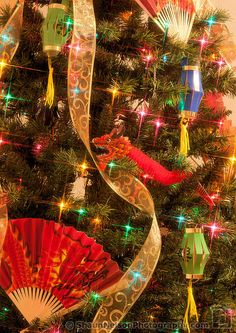Chinese Christmas Tree by Shaun Nelson, via Flickr