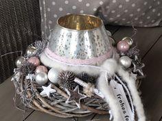 Adventskranz - Adventskranz   ★ frohes Fest ★  Edel in rosé - ein Designerstück von KRANZundCo bei DaWanda