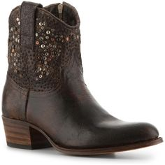 Botte Country Femme SENDRA. Sendra Distressed Leather Cowboy Boot ( 260) ❤  liked on Polyvore a4a209a1e2f0