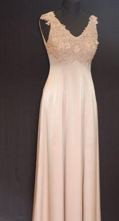 Brautkleid,Standesamtkleid, Seidenkleid, Brautmutterkleid, mother of bride Formal Dresses, Fashion, Bridal Gown, Curve Dresses, Moda, Formal Gowns, La Mode, Black Tie Dresses, Fasion