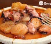 Pulpo a la Mugardesa o Guiso de pulpo. Receta tradicional gallega