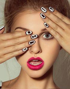 White nails - pink lips
