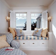 Love This Little Window Seat The Colors Shutters And Chaise Lounge
