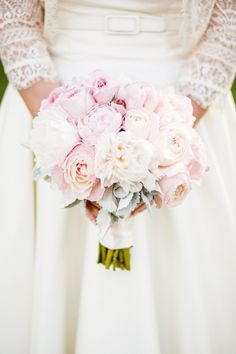 pale pink bouquet // photo by Volatile Photography // http://ruffledblog.com/vintage-romance-sonoma-wedding