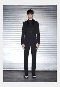 Riccardo Tisci Designs imagen Givenchy Givenchy Colección Tuxedo Tuxedo 001