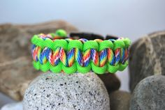 Paracord - Armband grün - bunt von DaiSign auf DaWanda.com