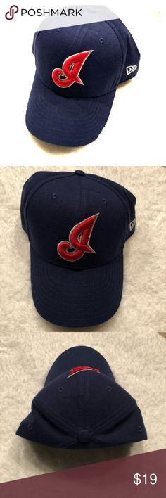 Cleveland Indians Baseball Cap Unisex Adult Excellent Condition  Gently Worn If At All! Size: Adult Unisex Blue/ Red Cleveland Indians Accessories Hats