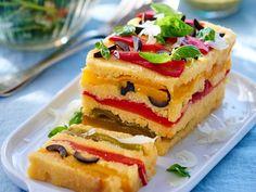 Découvrez la recette Terrine de polenta aux poivrons grillés sur cuisineactuelle.fr.