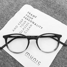 frame your personality ... and keep your glasses clean ✌ Mod. 856-7 col. 399