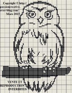 Grille gratuite point de croix : Chouette monochrome noire - Le blog de Isabelle Cross Stitch Owl, Cross Stitch Boards, Cross Stitch Designs, Cross Stitch Embroidery, Embroidery Patterns, Cross Stitch Patterns, Filet Crochet, Crochet Chart, Fair Isle Knitting Patterns